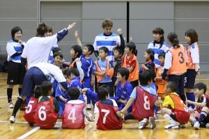 小学校低学年のクラスは静岡県女子選抜が担当しました。