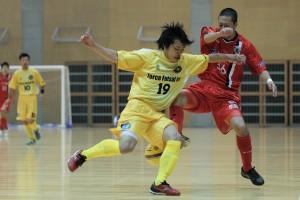 ▲同じゾーンで同じ相手にチャレンジするのはForceの飯田博也(19)。
